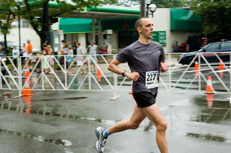 Stephen McKenna finishing the Dexter Ann Arbor Run 2007